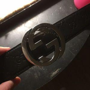 Gucci belt black band silver buckle